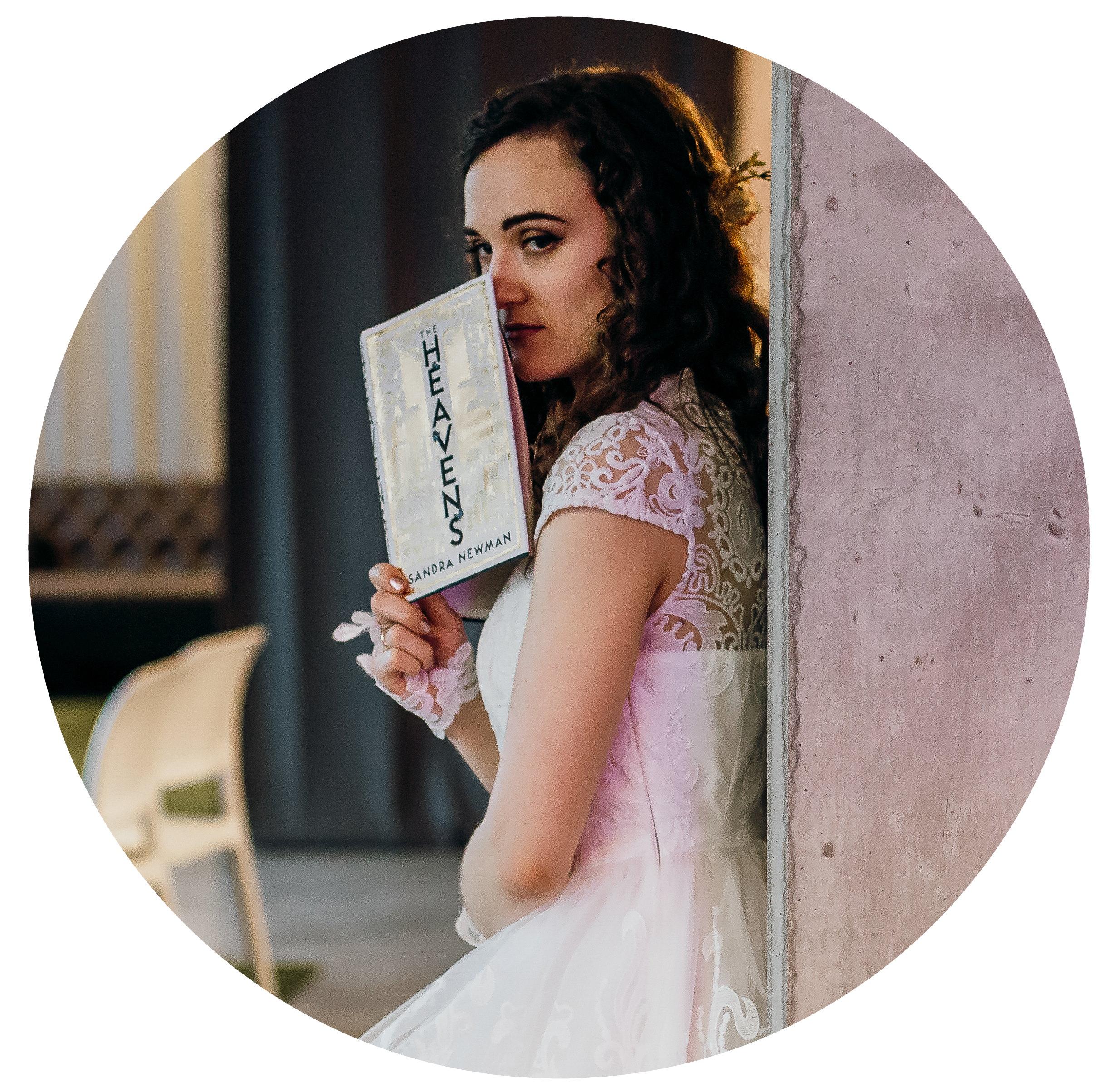 Evelina AvalinahsBooks